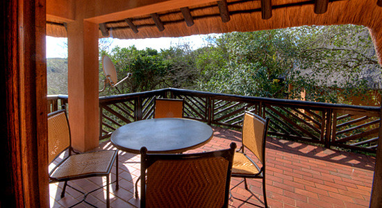 4 Bed Chalet Hilltop Camp Patio Deck Hluhluwe iMfolozi Game Reserve South Africa